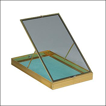 Portable Display Case Short Hinged 22