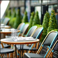 restaurant outdoor tables and chairs