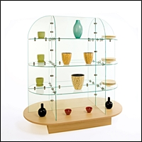 retail glass giftware displays 200