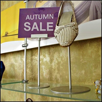 sign stands retail display 200