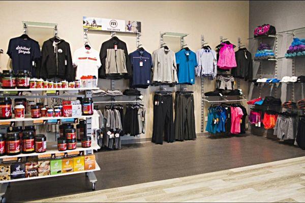 retail-slatstrip-gallery-0314068F55-1818-A841-A5C0-F0EBA2417EEF.jpg