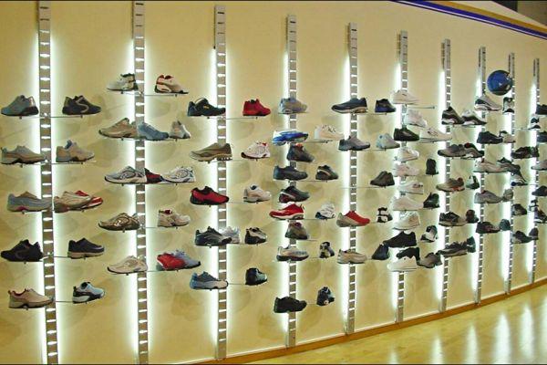 retail-slatstrip-gallery-05DAD87DB7-8393-468C-5963-E29C57B4673C.jpg