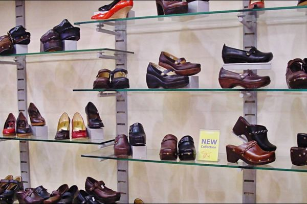 retail-slatstrip-gallery-11268C5B8F-A079-5444-A567-8476EA1AED27.jpg