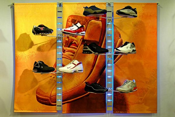 retail-slatstrip-gallery-129F3BF274-AEF8-3408-B606-88A72EDDDBF3.jpg