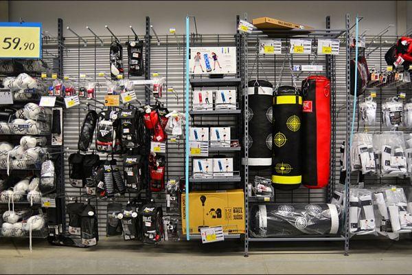 retail-gridwall-gallery-04B8392D69-FDBD-FD6B-C685-EA53BED37B6E.jpg