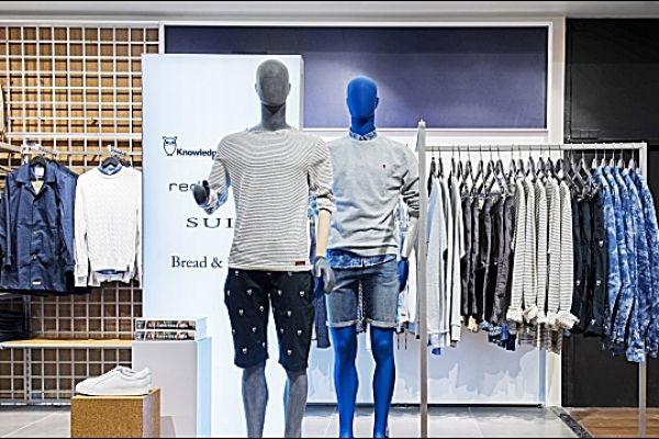 retail-gridwall-gallery-103E5A2623B-2491-D94B-9A7F-95B6F7CCE164.jpg