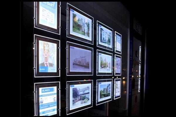 lighted-pocket-sign-gallery-025D772CA7-2358-292C-D4C0-3007B6F6219B.jpg