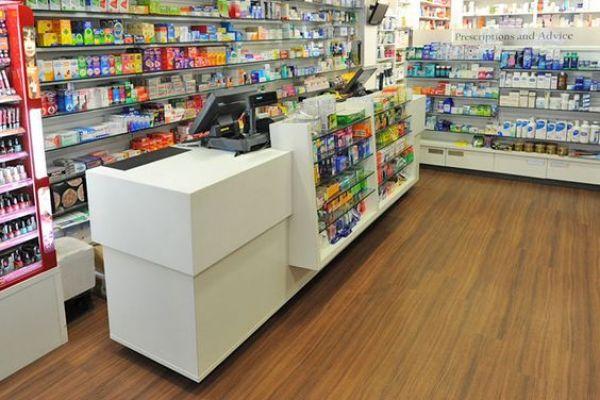 retail-counterA17A80D9-84A0-9917-6448-9F9E938398F0.jpg