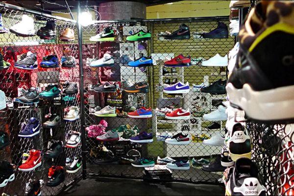 retail-shoe-store-gallery-004EDCAE07B-2817-09A0-D4CA-8A7F3E9700F4.jpg