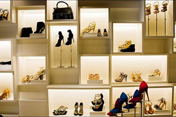 retail-shoe-store-gallery-0066E5C3228-EFCB-6ED2-5C2C-B5CFF5AA7528.jpg