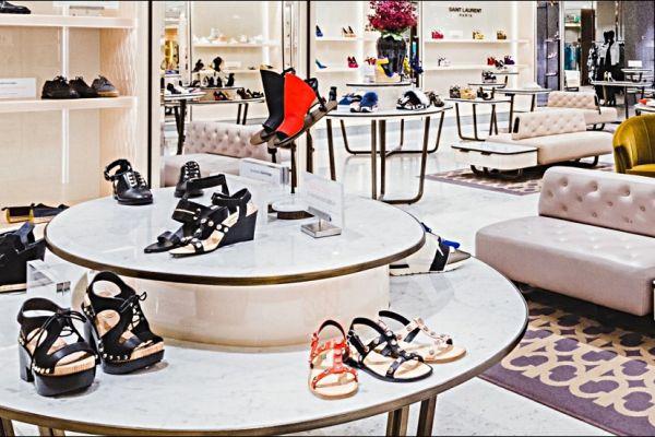 retail-shoe-store-gallery-013C2B50FAE-5998-F4AC-C521-4DDE6B0F04F5.jpg