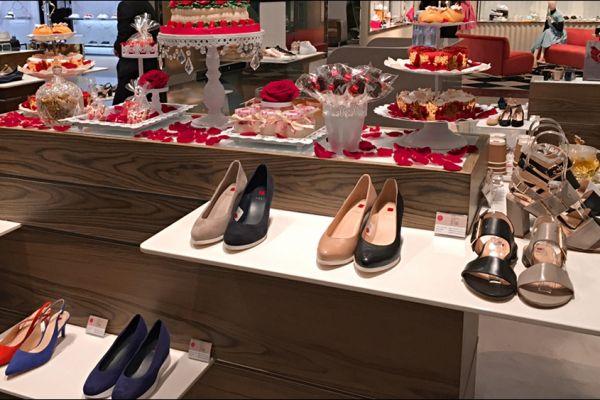 retail-shoe-store-gallery-016D6482A05-4236-A60B-5798-84F6BBC44B75.jpg