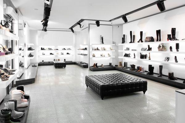 shoe-shelf-8-jpg459EF1C3-E8E9-D574-960C-B6ED09B2F0E9.jpg