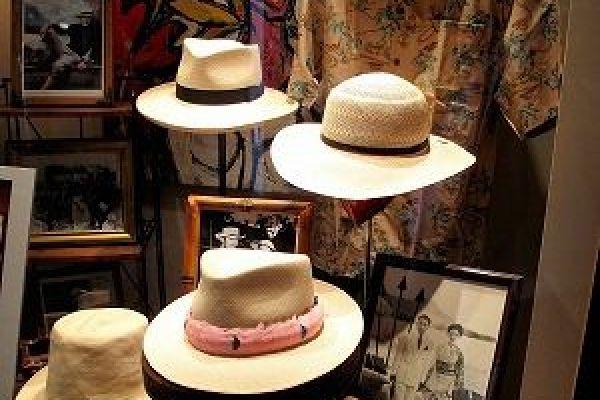 retail-hat-store-gallery-06E8ED8F6E-7E47-B761-3B70-909910D2AC53.jpg