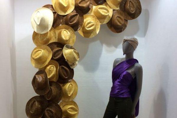 retail-hat-store-gallery-0972827746-6CAE-D2D8-912E-8A420A709A2E.jpg