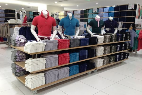 t-shirt-tee-retail-displays-gallery-0114F32FD4E-9F77-E803-992A-A55D06C3839D.jpg
