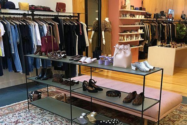 abstracta-retail-fixtures-gallery-015F27E0AD3-FD92-333A-962E-3227E60B4A2E.jpg