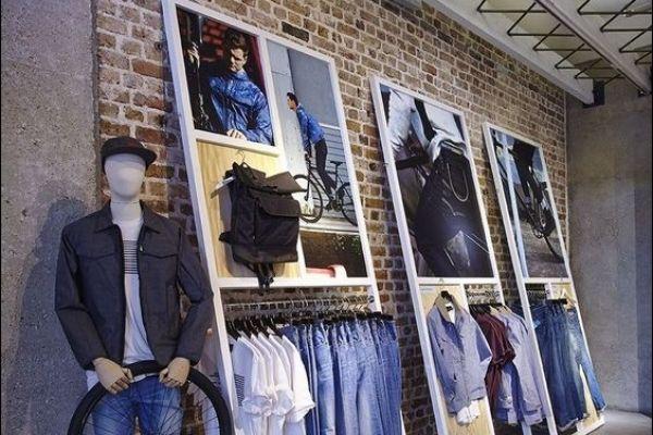 retail-outriggers-store-gallery-00124DE5DAE-CF55-1A04-C6AE-6548BBCEB909.jpg