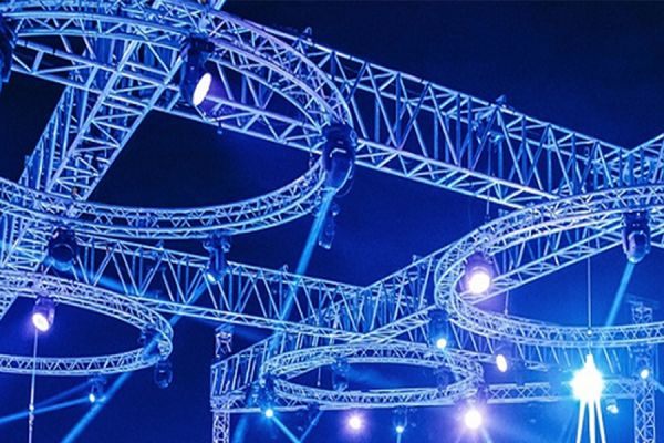 circular-lighting-trussF3F71333-344E-CC94-6849-7EFD6205CD8C.jpg