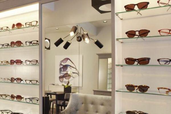retail-shelves-2938B2ED0-7FD3-2A33-5FAD-6C216F58A260.jpg