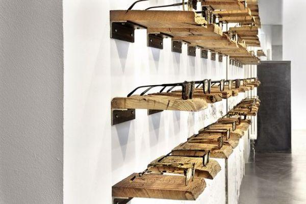 retail-shelves-694EEF155-0FFD-E490-6593-45D0512A5DD0.jpg