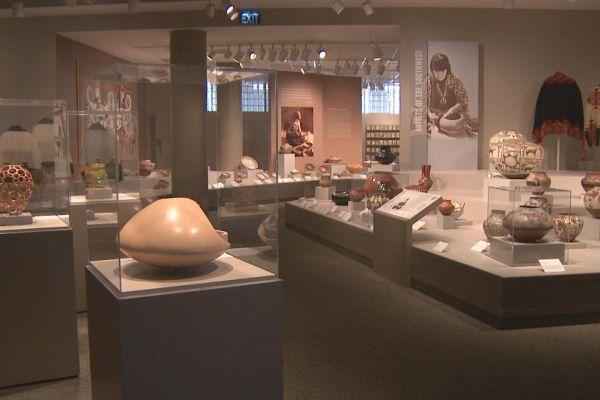 museum-showcases-1596F1D0B-D473-9317-A166-B94F7234D867.jpg