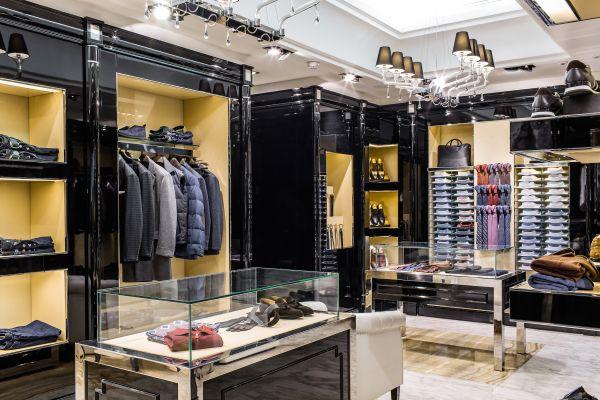 mens-clothing-store-designB2112461-E989-9F89-6703-3D9612637A4D.jpg