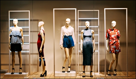 female mannequins header
